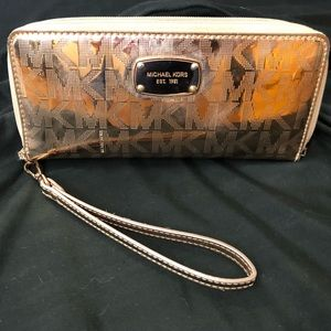 Michael Kors Rose Gold Wallet/Wristlet